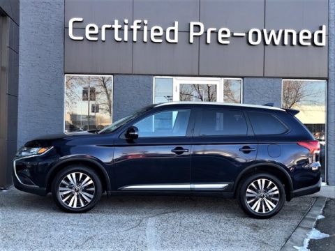 Pre-Owned 2019 Mitsubishi Outlander TOURING w/ AWD / 7 PASSENGER / SUNROOF Sport Utility