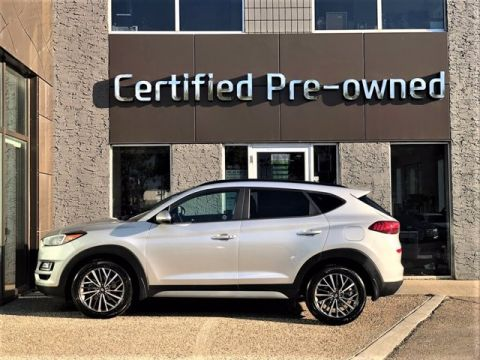Pre-Owned 2020 Hyundai Tucson TREND w/ AWD / PANORAMIC ROOOF / LOW KMS Sport Utility
