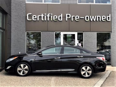 Pre-Owned 2012 Hyundai Sonata HYBRID w/ NAVI / LEATHER / PANO ROOF 4dr Car